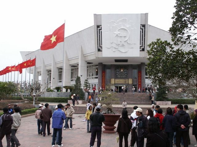 IMAG2229.JPG  Ho Chi Minh Museum
